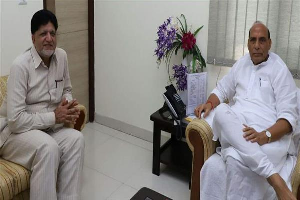 Kohli meets Rajnath Singh, discusses issues of border areas | KNO