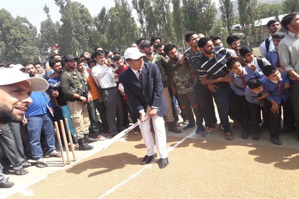 2nd Phase of South Kashmir Sports Festival begins | KNO