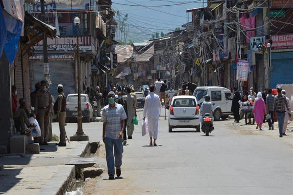 Life back to normal as COVID-19 loses ground in Bandipora, Ganderbal districts | KNO