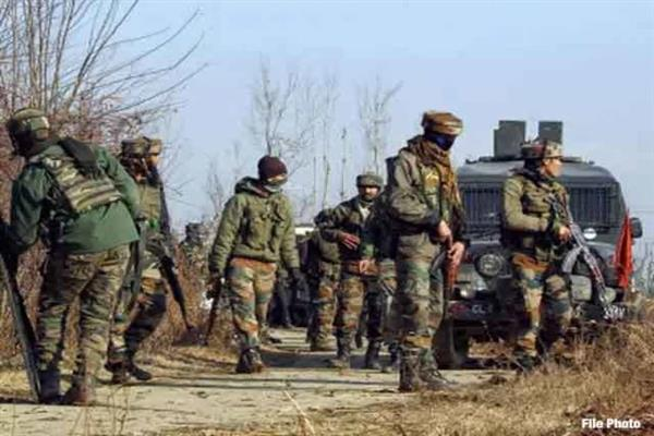 Gunfight breaks out in Srinagar Outskirts | KNO